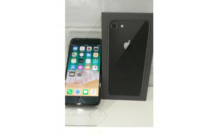 Apple iPhone 8 64GB space grey used