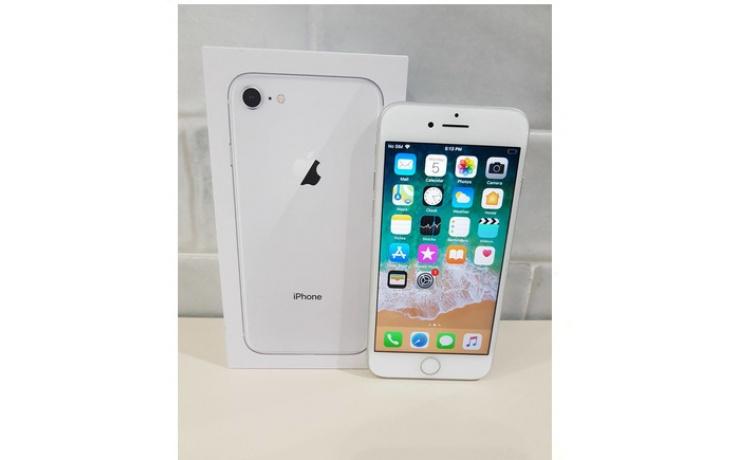 Apple iPhone 8 64GB used