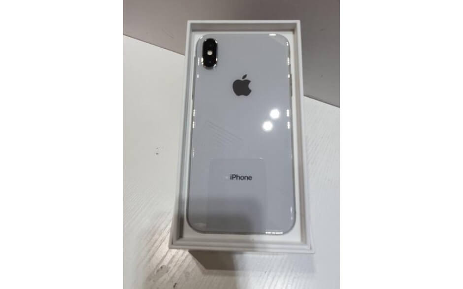 Apple iPhone X 64GB used